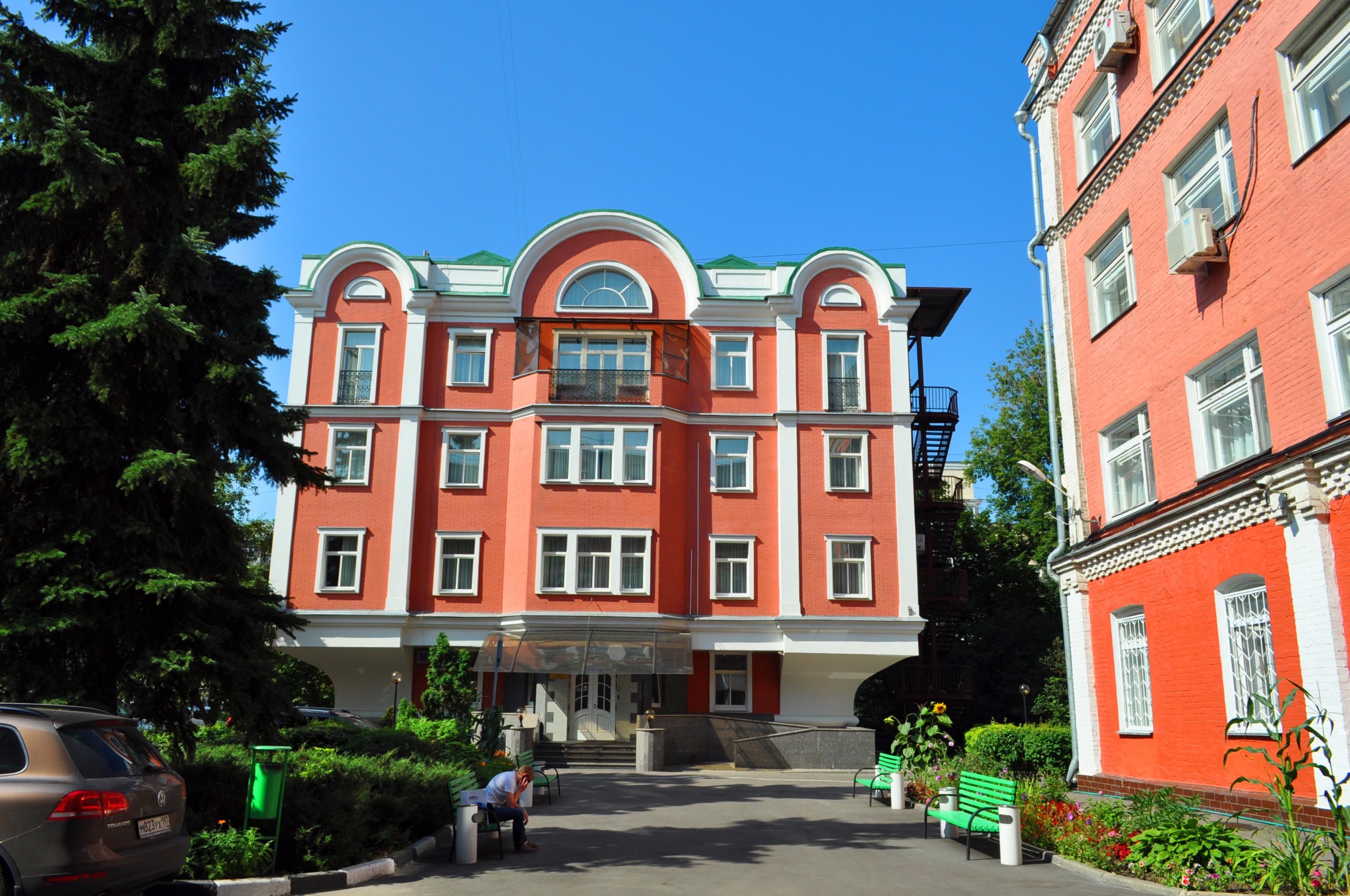 Гостиница Озерковская на набережной